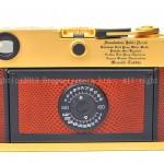 лейка фотоаппарат золотой корпус надпись именная