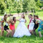 подружки невесты в ауте