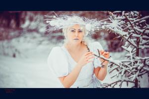 зимняя фоосессия образ снежной королевы