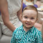 детский портрет- улыбающийся мальчик