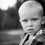 портрет замерзшего мальчика