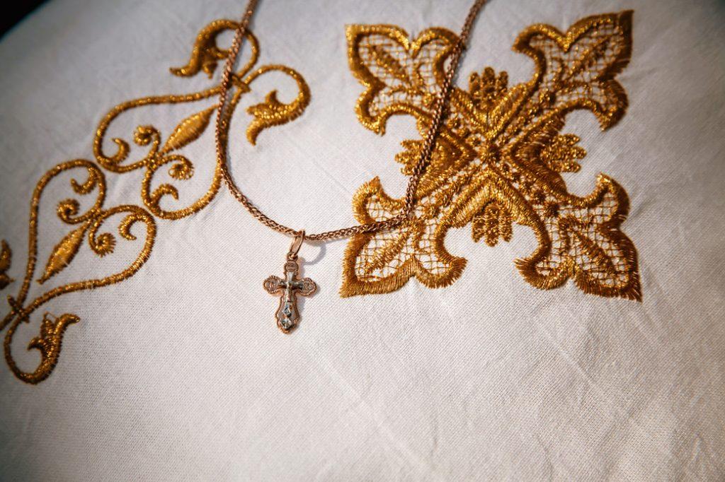 крестик, вышивка